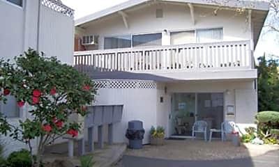 Carmichael Apartments, 0