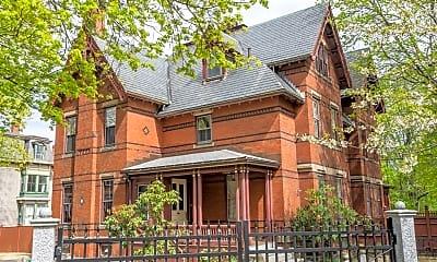 Building, 2 Rangeley Rd 2, 0