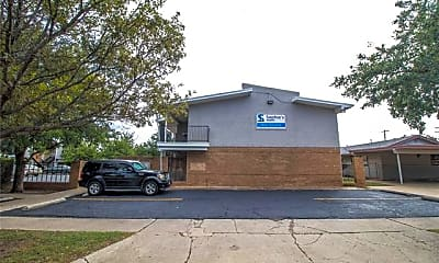 Building, 3215 35th St 3G, 0