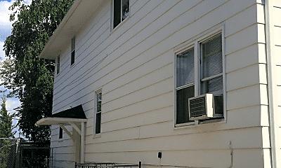 Building, 570 Fairview Ave S, 2