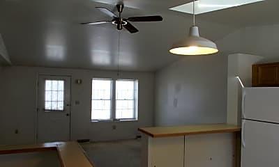 Kitchen, 320 Dawson Ave, 2