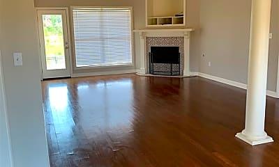 Living Room, 334 Red Cedar Dr, 1