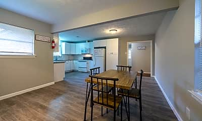Dining Room, Room for Rent - East Houston Home, 1