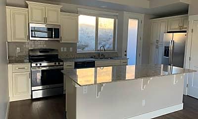 Kitchen, 720 Bluffs Ct, 0