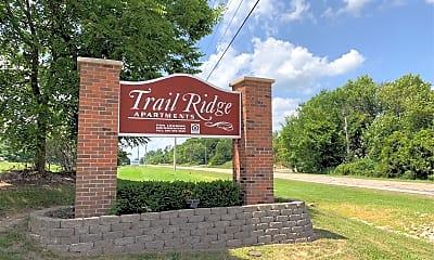 Trail Ridge Apartment, 1