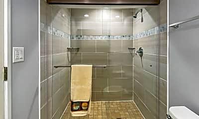 Bathroom, 7833 W Iowa Dr, 2