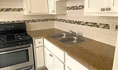 Kitchen, 1517 W 4th St, 2