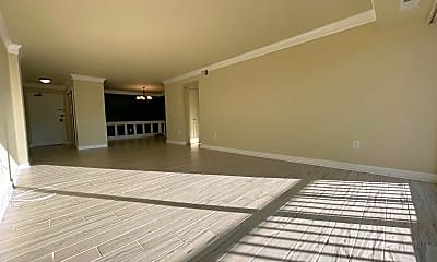 Living Room, 1300 Army Navy Dr 425, 1