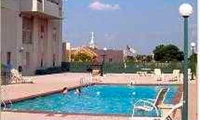 Pool, The Regency, 2