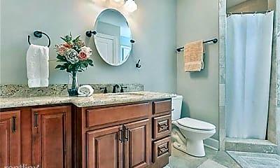 Bathroom, 6565 Milne Blvd, 2