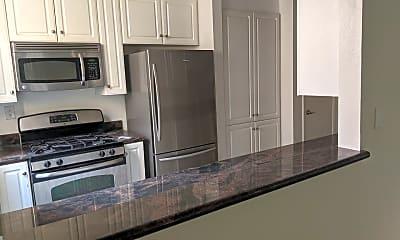 Kitchen, 4741 Radford Ave, 1