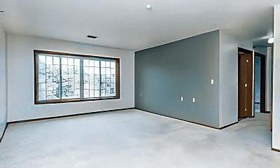 Living Room, 909 E 14th St, 2