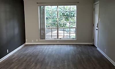Living Room, 5212 Fleetwood Oaks Ave, 1