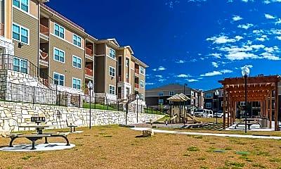Building, Sansom Ridge Apartments, 0