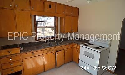 Kitchen, 344 13th St SW, 2