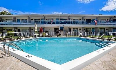 Pool, 3221 SE 12th St, 1