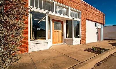 Building, 1018 W Shaw St, 1