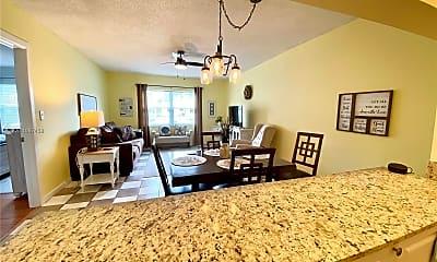 Living Room, 1560 McKinley St 112W, 2