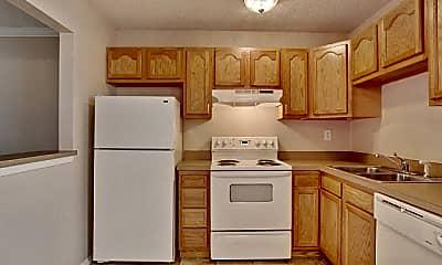 Kitchen, Belle Oak Apartments, 2