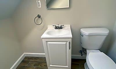 Bathroom, 282 Beacon St, 2