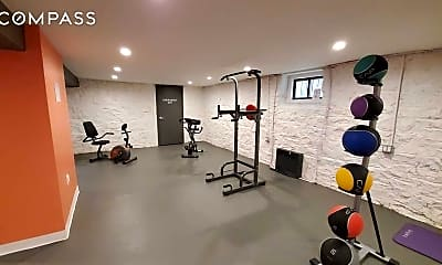 Fitness Weight Room, 1671 Lincoln Pl 2-A, 2