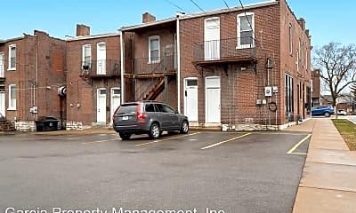 Building, 6830 Gravois Ave, 2