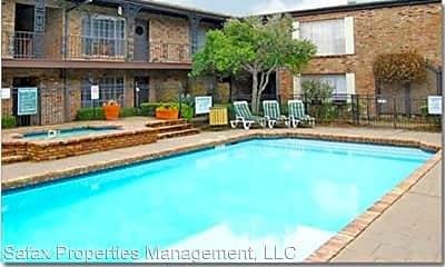 Pool, 3015 Greenridge Dr, 1