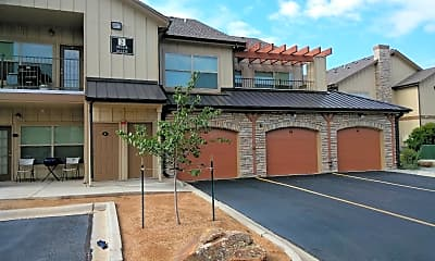 Salt Fork Apartments at Red Stone, 2