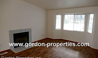 Living Room, 9641 SE Schiller St, 1