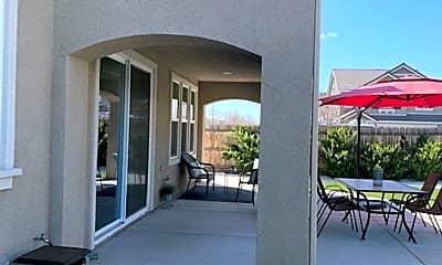 Patio / Deck, 3645 Bellaire Ave, 2