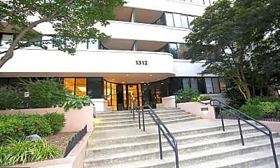 1312 Massachusetts Ave NW 409, 1