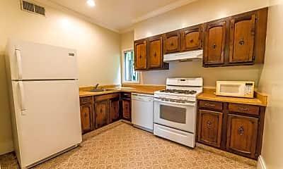 Kitchen, 2919 Scott St, 1