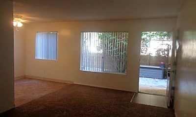 Living Room, 5035 Del Monte Ave, 2
