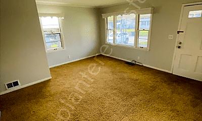 Living Room, 2230 Dunham St, 1