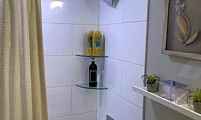 Bathroom, 40 K St NW, 2