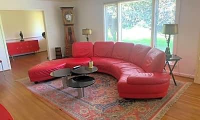Living Room, 4420 Franklin Pike, 0