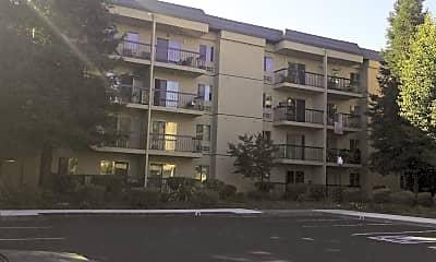 Altamont Apartments, 2