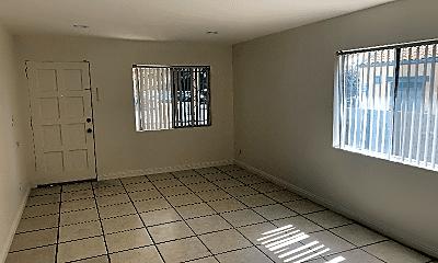 Living Room, 293 N Hill Ave, 0