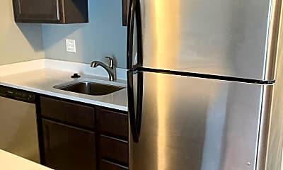 Kitchen, 2866 Madison Rd, 1