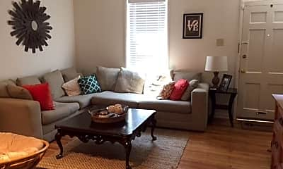 Living Room, 2115 Naudain St, 1