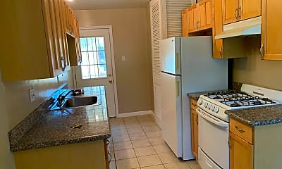 Kitchen, 1185 Lincoln Ave, 0