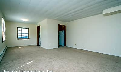 Living Room, 404 E Foster Rd, 1