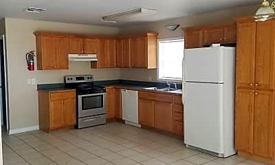 Kitchen, 504 Idlewild Dr, 1