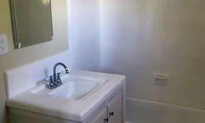 Bathroom, 2419 Rockefeller Ln, 2
