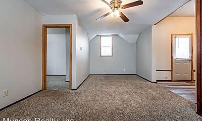 Living Room, 2201 Charles St, 0