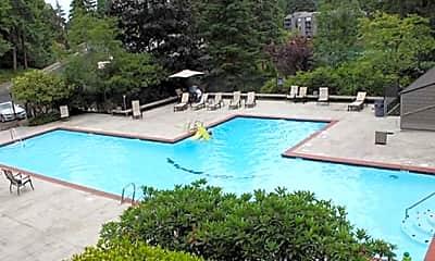 Pool.jpg, 6001 140th ave Ne, 2