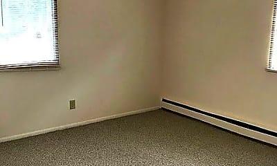 Bedroom, 2807 W Michigan St, 2