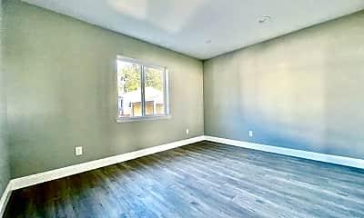 Bedroom, 25123 Belmont Ave, 1