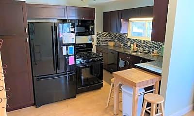Kitchen, 326 Arthur Ave, 1