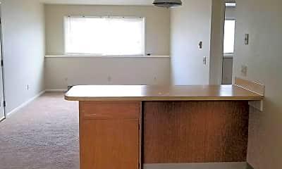 Kitchen, 3317 Driftwood Ln, 2